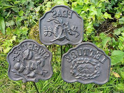 Cast Garden Marker Set/12 Yard Decor