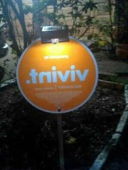 Solar Light to illuminate Security Yard Signs - Vivint Brink